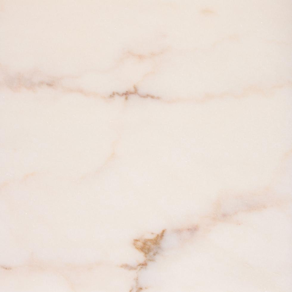 Mármore Estremoz vergado com veios rosa