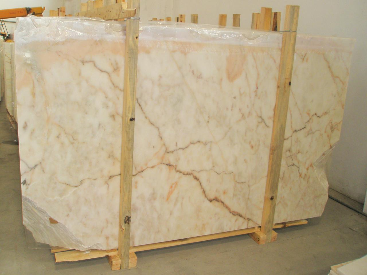 The Rosa Aurora Marble is a white coloured marble with thin to medium grain and a slight brownish coloured vein with some occasional light pink brown areas